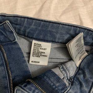 Super Skinny, high waisted jeans